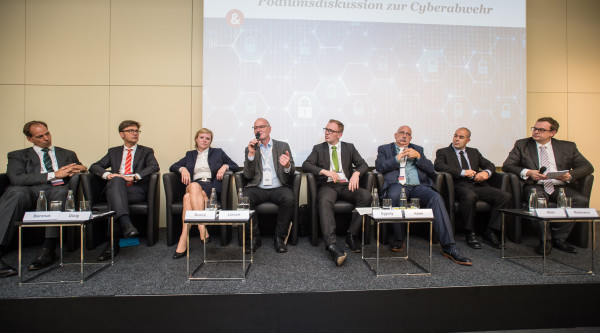 Podium Strategiewerkstatt Cyberabwehr